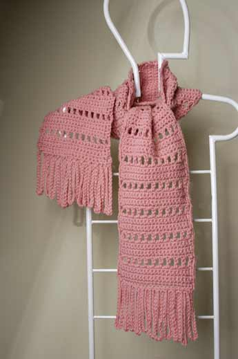 image of crocheted scarf