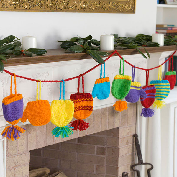 Bright hats and mitts garland